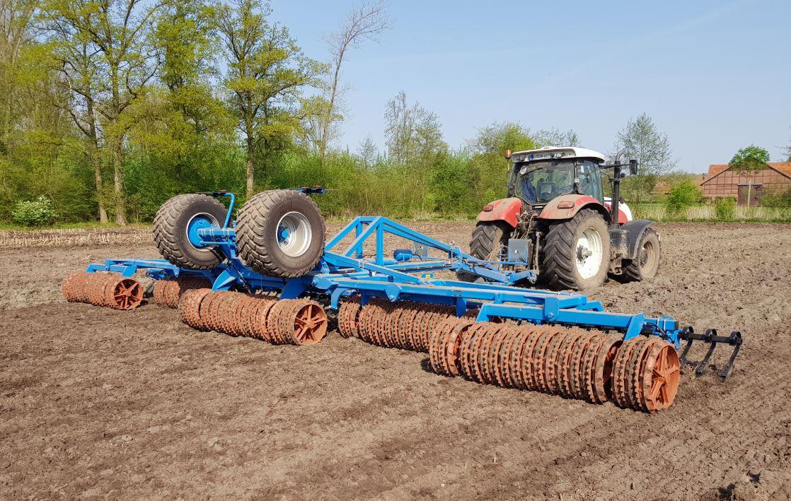 GTS - Gebrüder Tigges - Feldbearbeitung heute
