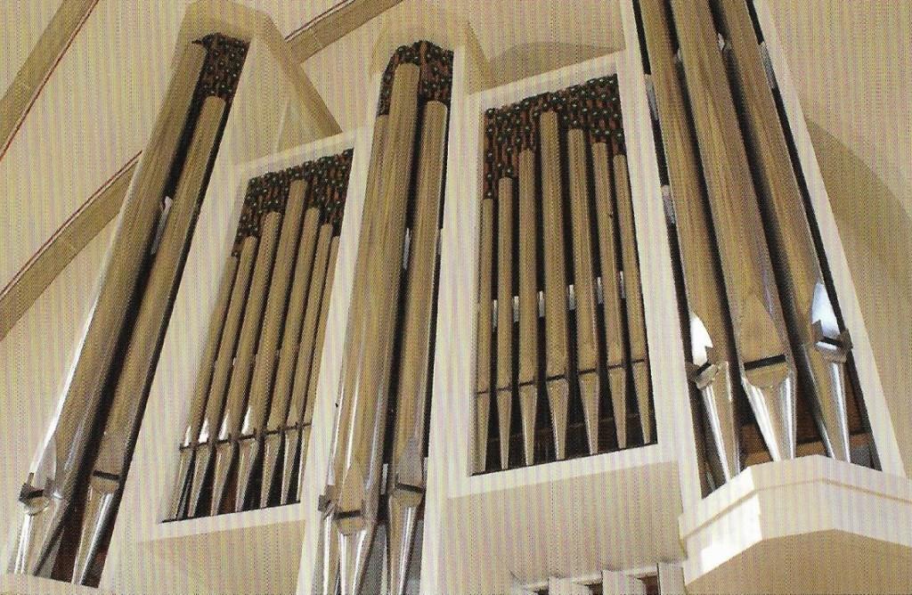 Kirche Sünninghausen - Orgelpfeifen der Orgel von 1988